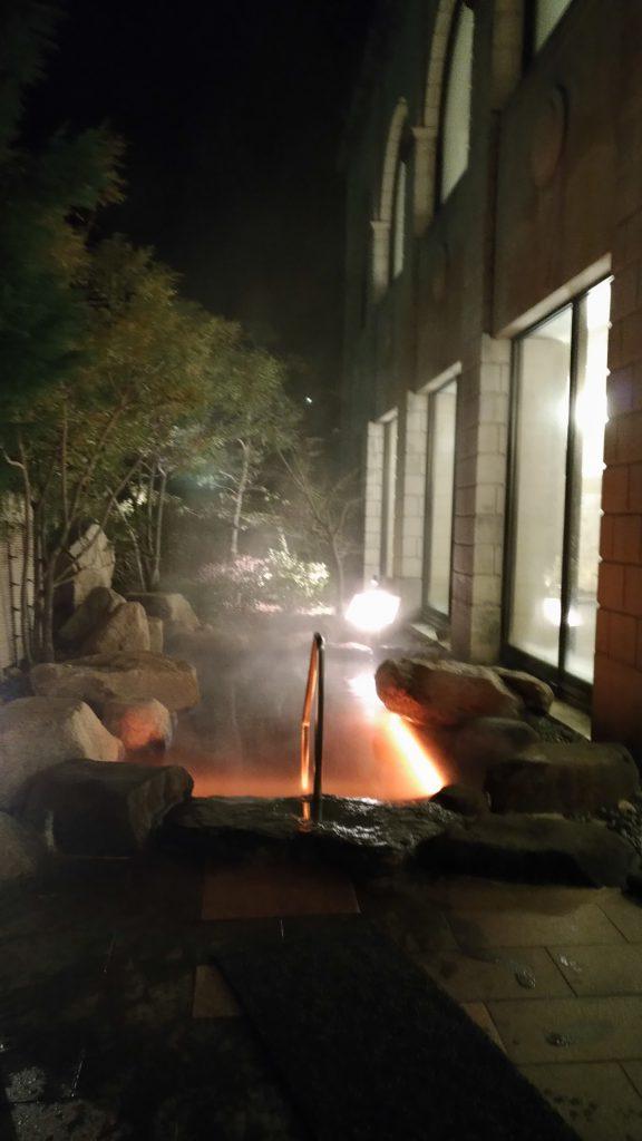 水中テープライト 温泉使用事例3
