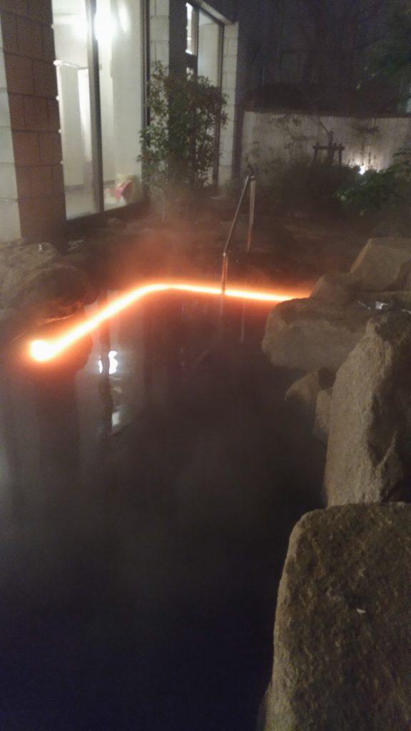 水中テープライト 温泉使用事例4