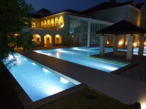 結婚式場のプールや水盤、滝、噴水におすすめの水中照明をご紹介