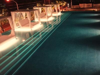 水中照明 水中テープライト プール ホテル リゾート