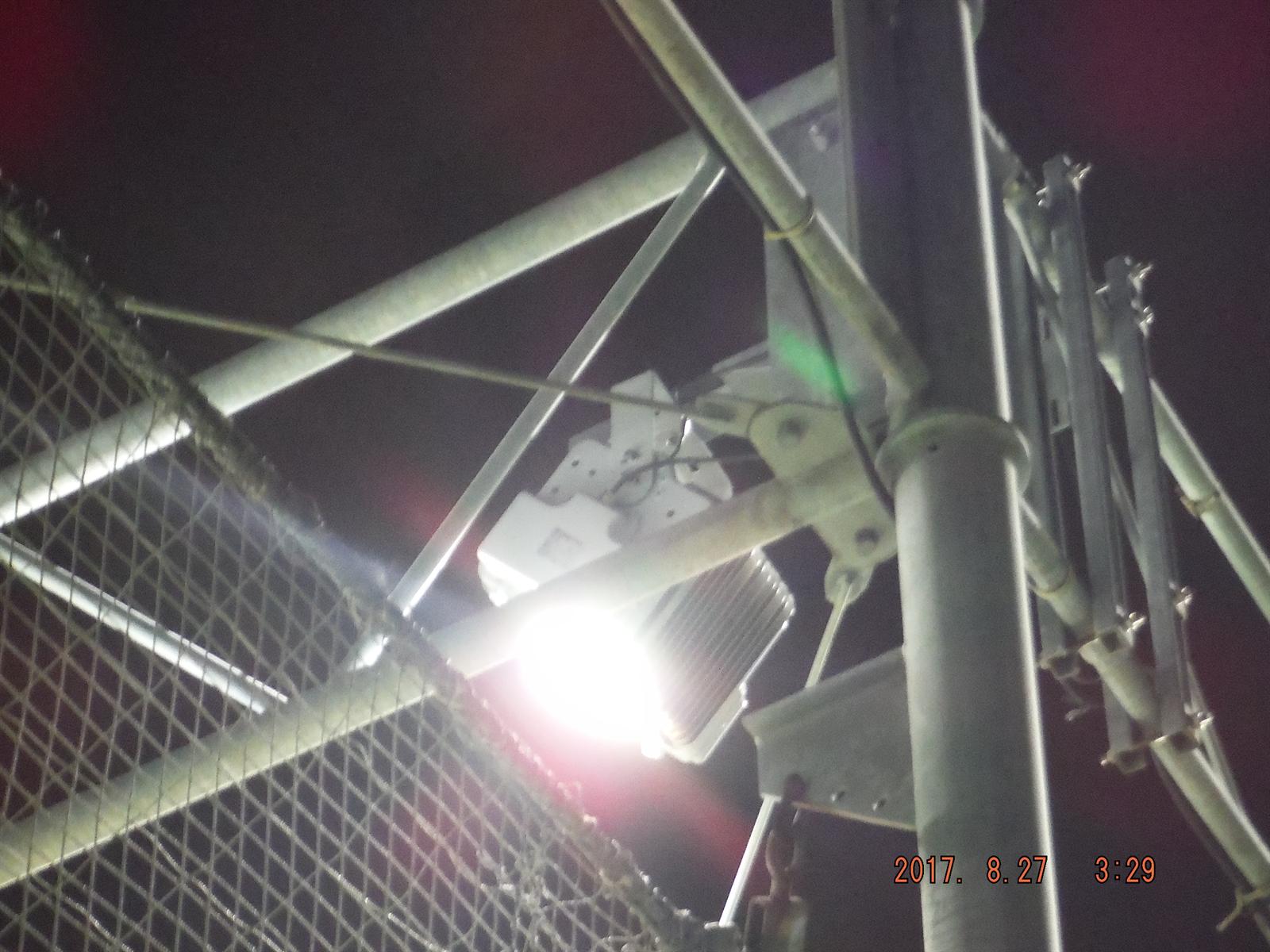 フットサルコート 照明 投光器 200W