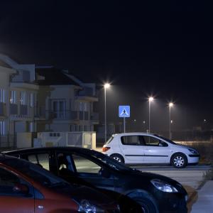 看板・屋外駐車場用LED照明を選ぶ際の3つのポイントをお教えします