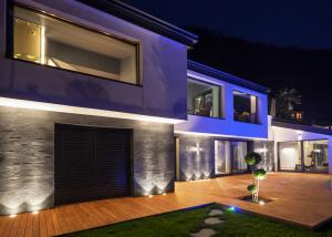 ウッドデッキ・モルタル用LED地中埋込型照明器具ラインナップ写真