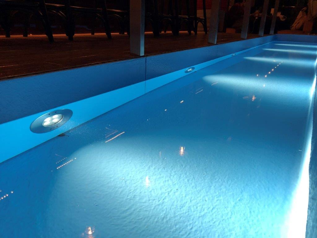 8W壁面埋込型水中照明器具 プール レストラン