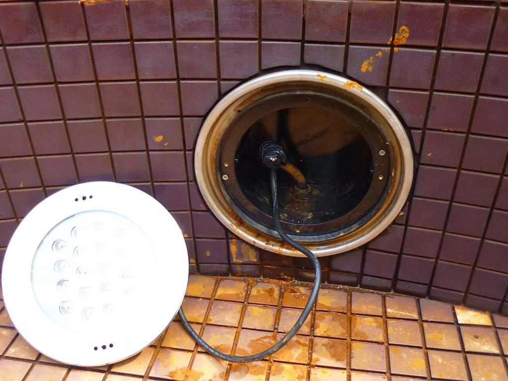 松下電工製(パナソニック)代替品 壁面水中照明